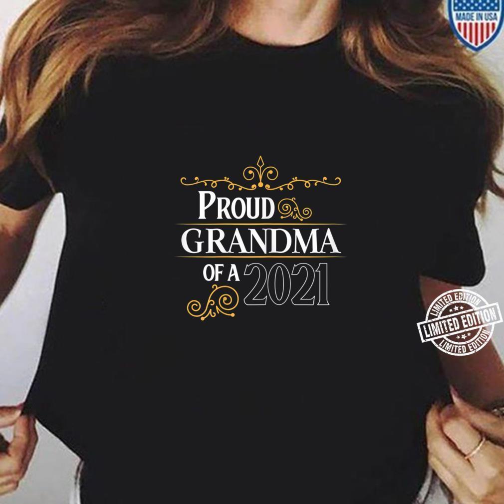 Damen Glückliche Grandma 2021 Baby is coming Schwanger Shirt ladies tee